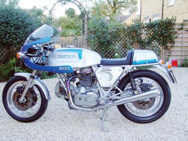 Lot 72-1981 Ducati 900 SS