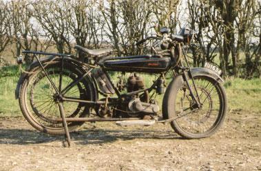Lot 21-1924 Raleigh 350cc