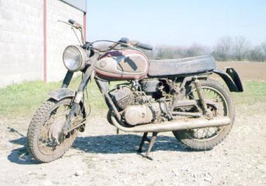 Lot 46-1970 Suzuki T200