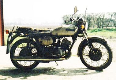 Lot 53-1971 Suzuki T250
