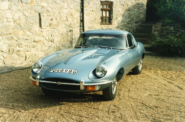 Lot 50-1969 Jaguar E-Type 4.2 Roadster
