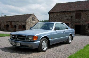 Lot 40-1990 Mercedes-Benz 420 SEC