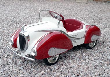 Lot 209-Delahaye Recreation Childs Car *