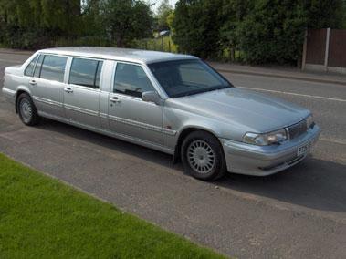 Lot 49-1996 Volvo 960 Limousine