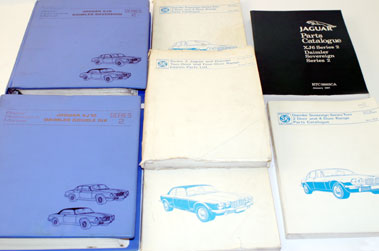 Lot 73-Jaguar Xj & Daimler Technical Literature