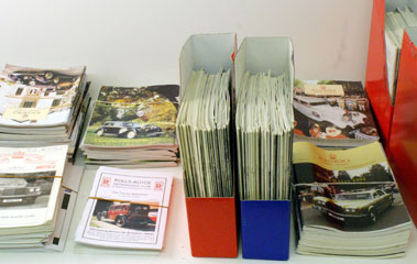 Lot 77-Quantity Of Rolls-Royce Owners Club Magazines