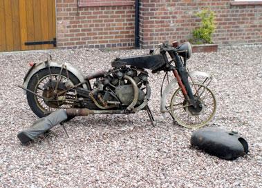 Lot 32-1954 Vincent Rapide Series C