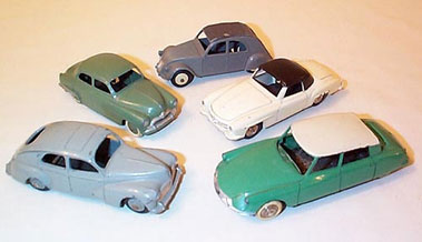 Lot 231-French Dinky European Cars