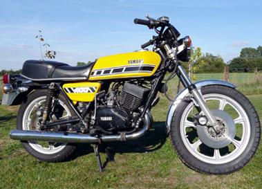 Lot 27-1977 Yamaha RD400E