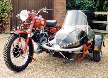 Lot 33-1960 Panther Model 100