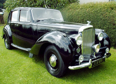 Lot 41-1947 Bentley MK VI Saloon