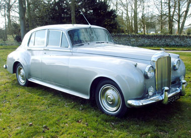 Lot 60-1961 Bentley S2 Saloon
