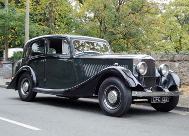 Lot 14-1935 Railton Eight Stratton Saloon
