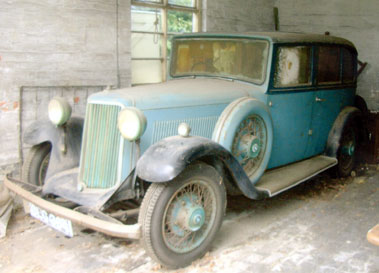 Lot 83-1935 Armstrong Siddeley 17 Sports Saloon