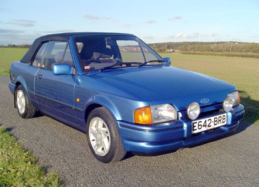 Lot 30-1987 Ford Escort XR3i Cabriolet