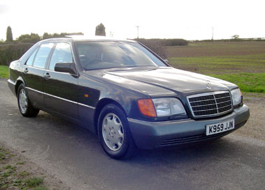Lot 71-1993 Mercedes-Benz 300 SE
