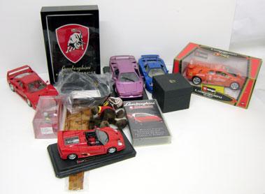 Lot 211-Assorted Automobilia