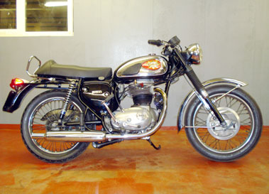 Lot 21-1971 BSA A65 Thunderbolt