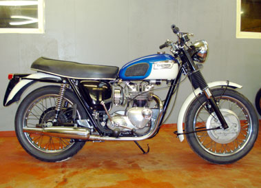 Lot 22-1969 Triumph T100T Daytona