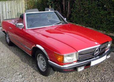 Lot 9-1983 Mercedes-Benz 500 SL