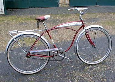 Lot 15-Schwinn Roadster
