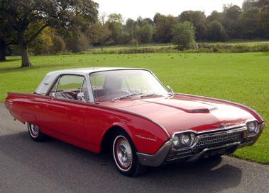 Lot 16-1961 Ford Thunderbird