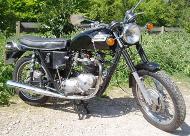 Lot 30-1972 Triumph T120R Bonneville