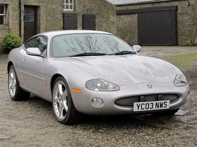 Lot 19-2003 Jaguar XKR