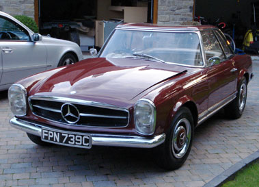 Lot 5-1965 Mercedes-Benz 230 SL