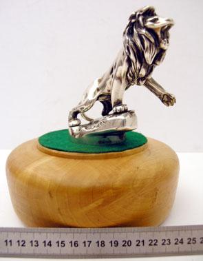 Lot 318-Peugeot Lion Mascot