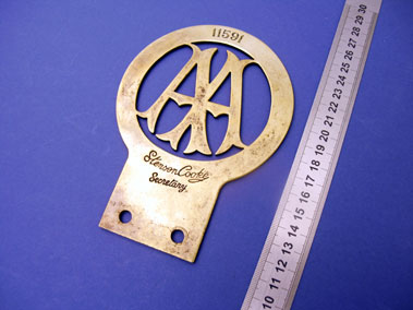 Lot 324-Early A.A. Member's Badge