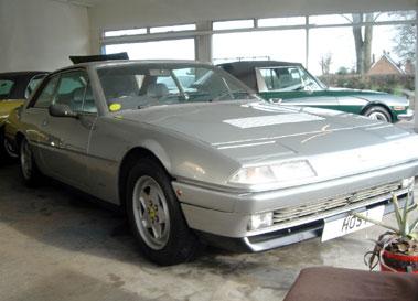 Lot 39-1986 Ferrari 412i
