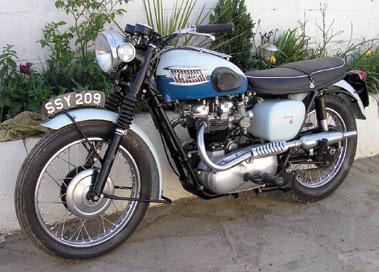 Lot 51-1960 Triumph T120 Bonneville