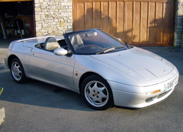 Lot 59-1989 Lotus Elan SE Turbo