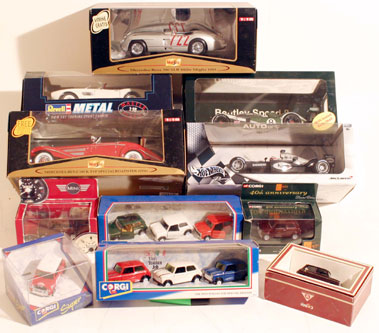 Lot 224-Quantity of Boxed Models