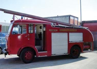 Lot 9-1958 Dennis F25 Fire Appliance