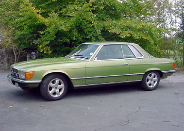 Lot 2-1975 Mercedes-Benz 450 SLC