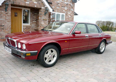 Lot 69-1994 Jaguar XJ6 4.0 S