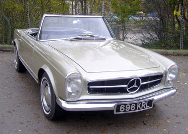 Lot 67-1965 Mercedes-Benz 230 SL