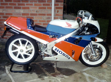 Lot 6-1993 Honda RC30