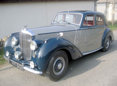 Lot 61-1953 Bentley R-Type Saloon