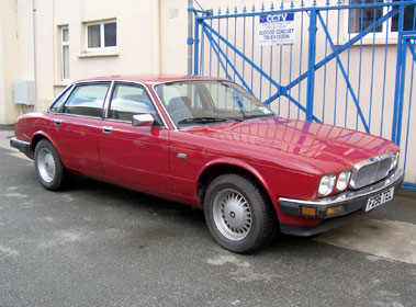 Lot 12-1988 Jaguar XJ6 2.9