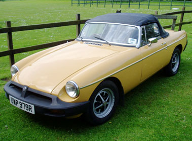 Lot 85-1976 MG B Roadster