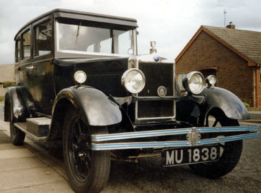 Lot 51-1930 Morris Cowley Saloon