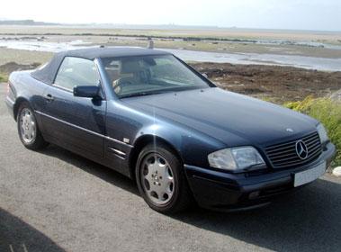Lot 8-1997 Mercedes-Benz SL 320