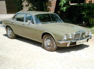 Lot 5-1976 Daimler Sovereign 4.2