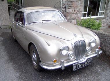Lot 60-1968 Daimler V8-250