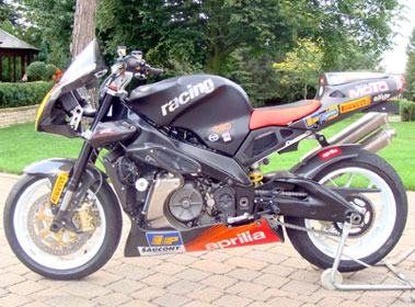 Lot 2-2004 Aprilia Tuono