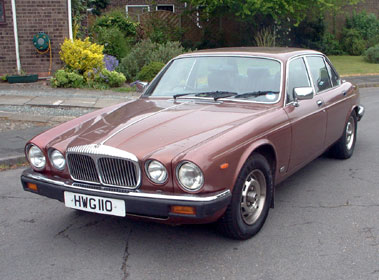 Lot 8-1982 Daimler Sovereign 4.2