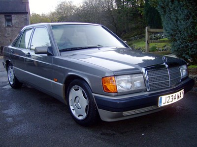 Lot 8-1992 Mercedes-Benz 190 E